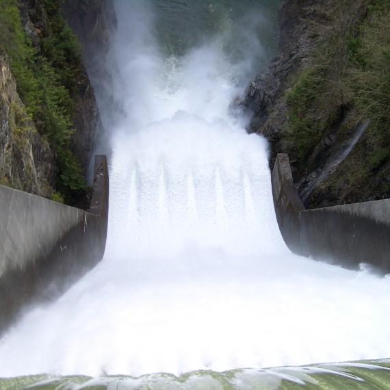 Cleveland-Dam-chute-3661