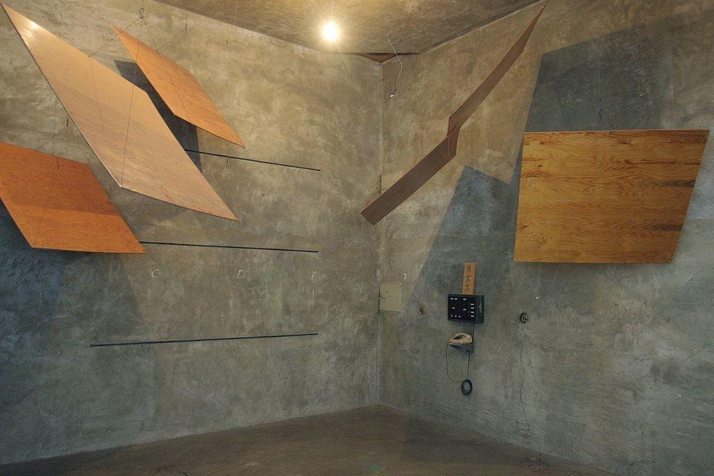 reverberation time-reverb chamber
